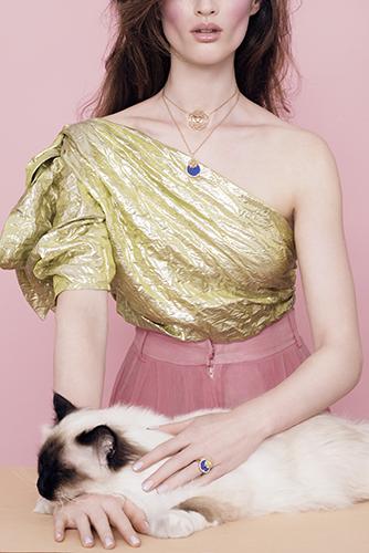 édito beauté haute joaillerie bijoux maquillage chat chanel