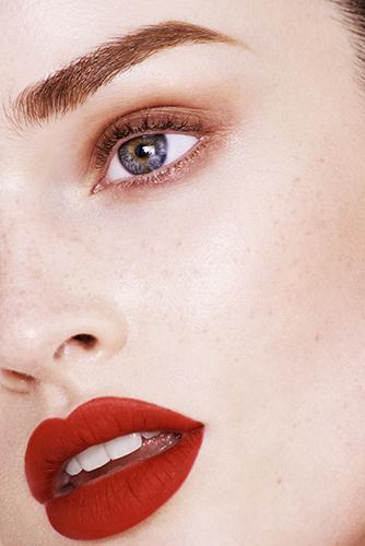 campagne beauté maquillage détail visage lipstick