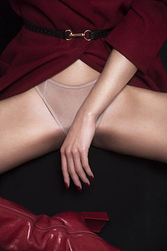 campagne lingerie sous-vetements détail corps