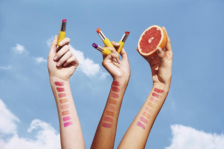campagne beauté mains soins l'occitane lipstick