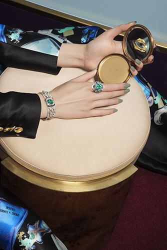 édito mains haute joaillerie bijoux vogue mode diamants