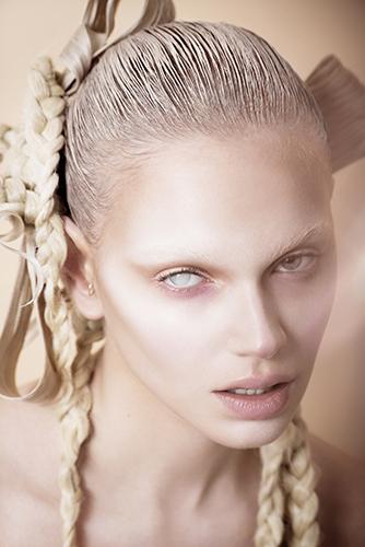 édito beauté maquillage nattes coiffure magazine