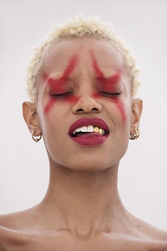 edito beauté maquillage rouge liz pinto métisse grillz